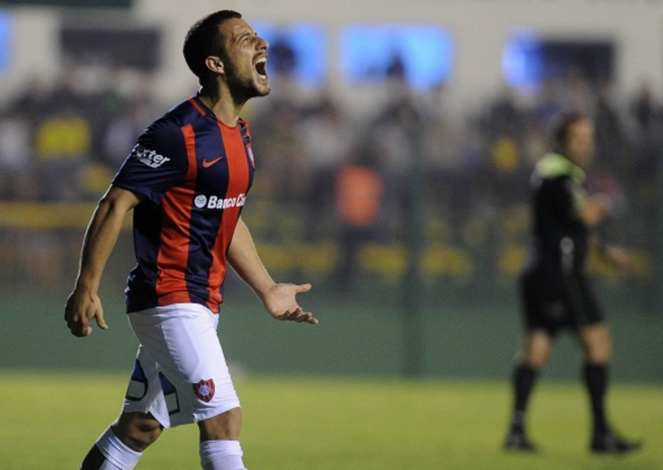 San Lorenzo no se guarda nada en su visita a Defensa