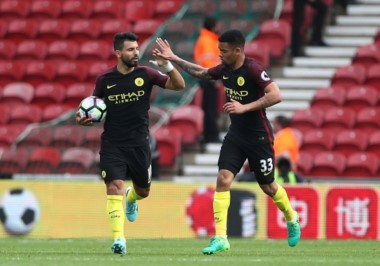 Manchester City rescató el empate en Middlesbrough.